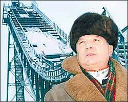 Юрий Голов